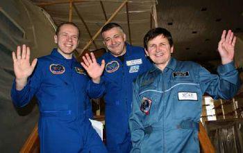 208649-astronaut-simonyi_350