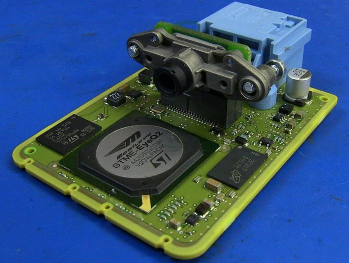 Mobileye lane guidance camera pcb