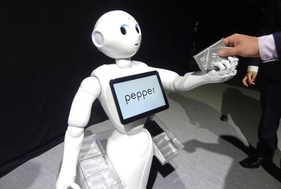 Foxconn, Alibaba join SoftBank in global robotics push (4)
