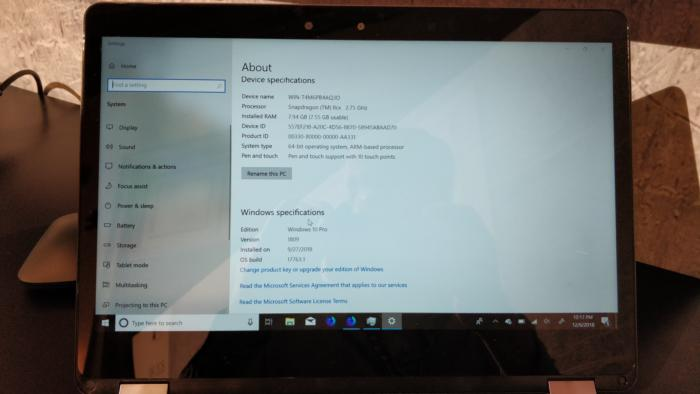 Qualcomm Snapdragon 8cx reference notebook config