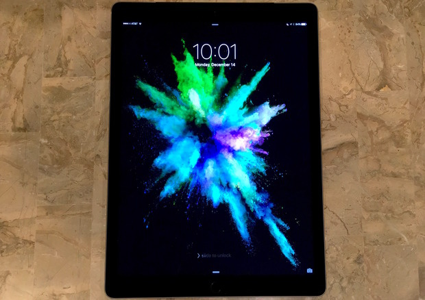 iPad Pro lock screen