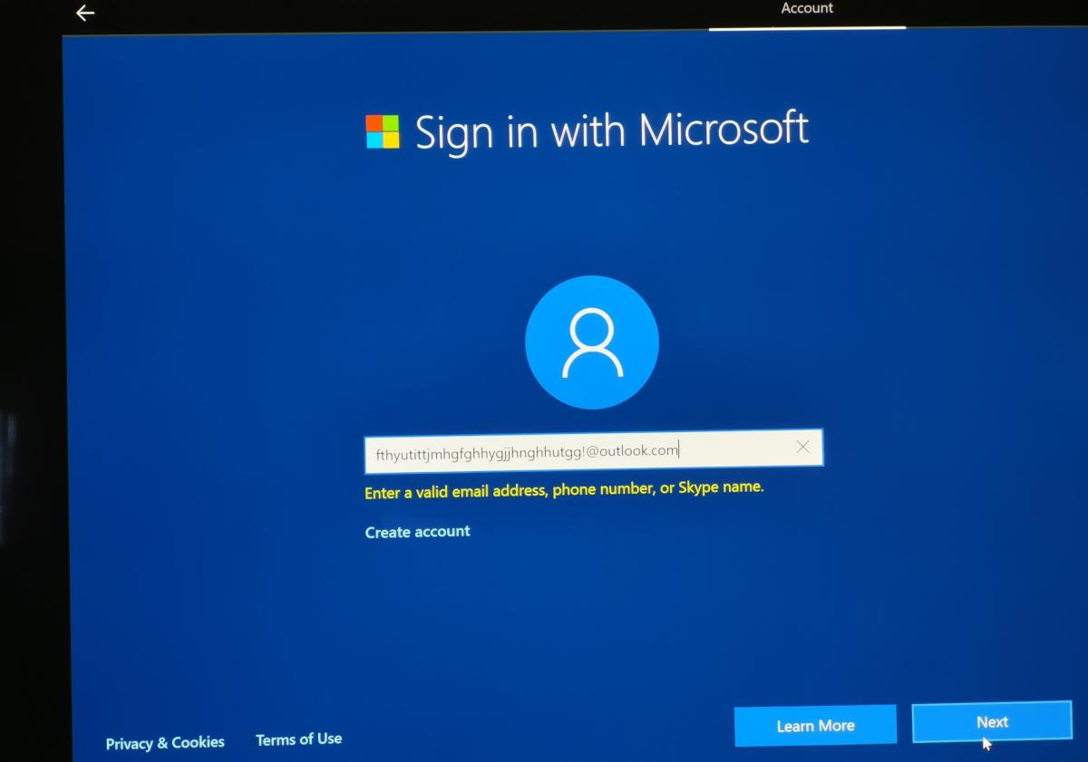 sign in with microsoft Windows 10 OOBE local account