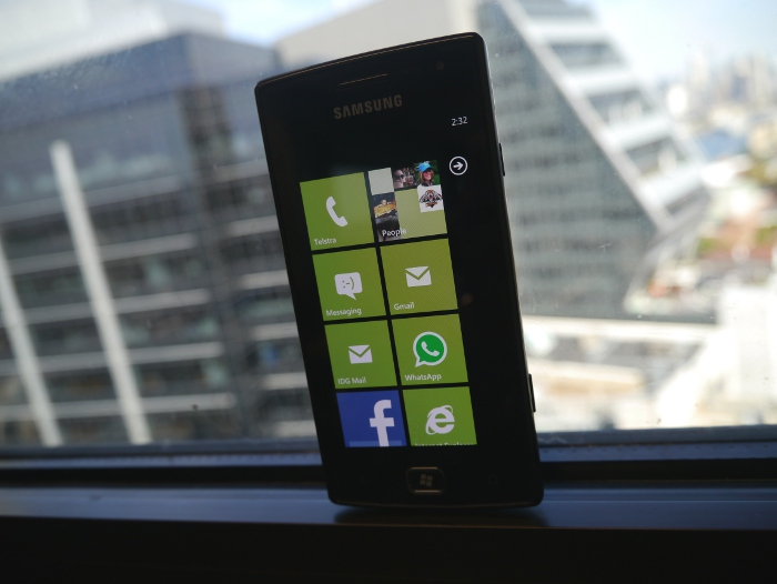 samsung omnia w review samsung omnia w review a solid Samsung Focus S Samsung Omnia 7