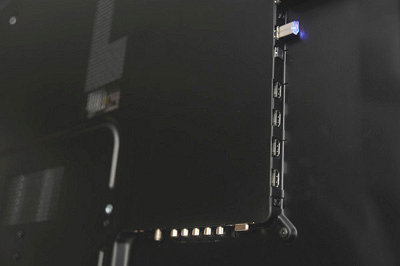 Samsung Series 7 (UA55C7000) ports