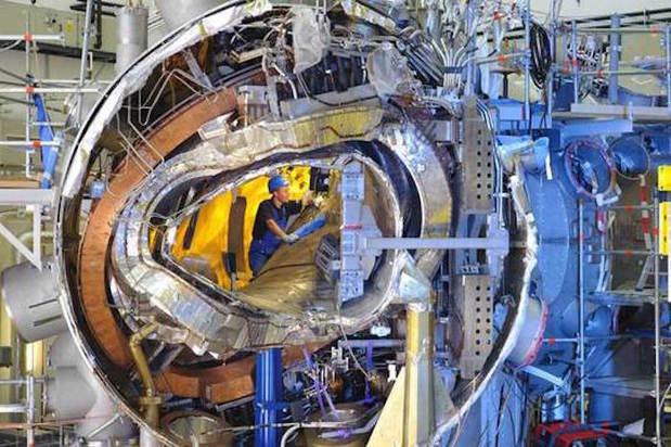 MIT C-Mod Fusion Reactor