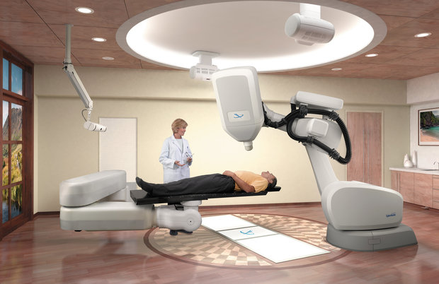 cyberknife system patient and doc robotic surgery