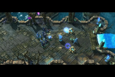 The campaign features fighting between Terran, Protoss and Zerg forces with battles taking place on many different worlds.
