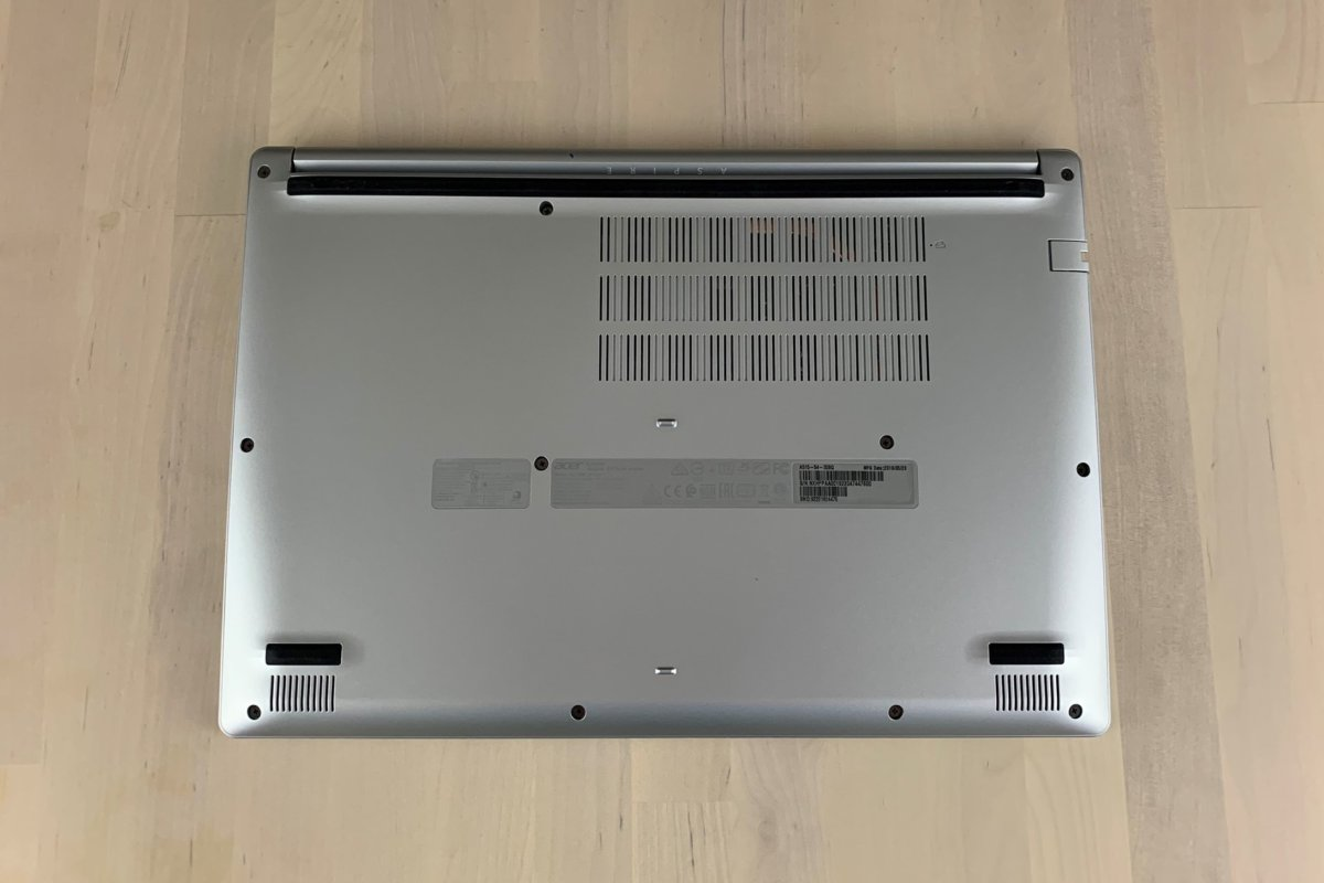 acer aspire 5 30bq bottom
