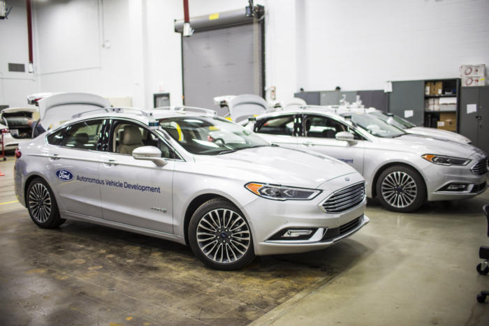 ford self driving car fleet