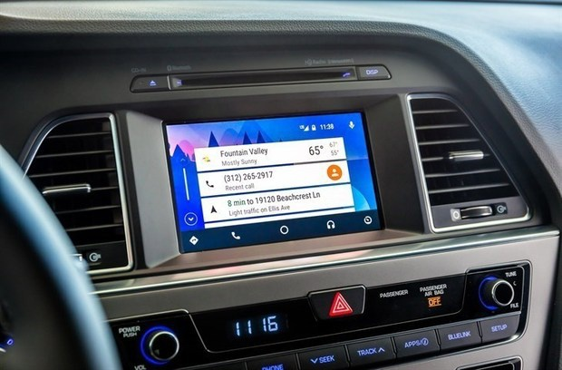 Android Auto smartphone interface