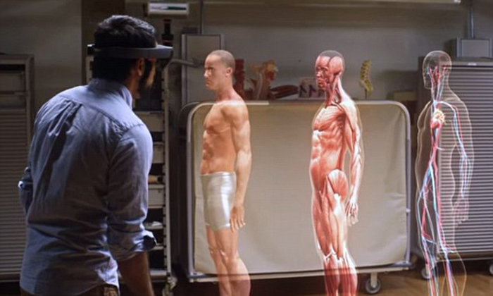 Case Western Reserve University anatomy holograms mixed reality