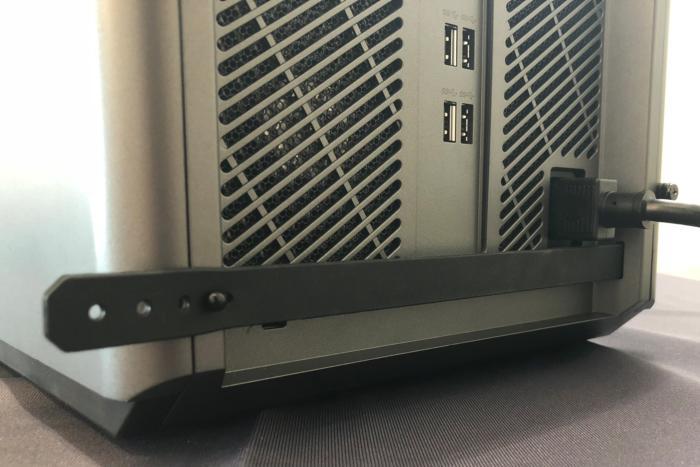 lenovo legion c530 rear detail rubber band cord control