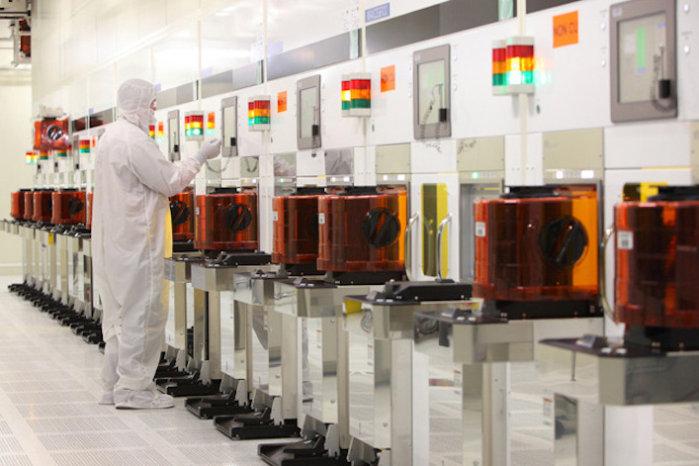 intel micron fabrication plant tour wet process