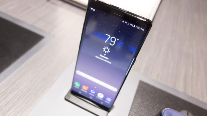 galaxy note8 front