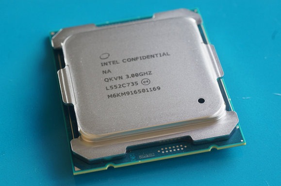 Intel Broadwell-E Core i7-6950X