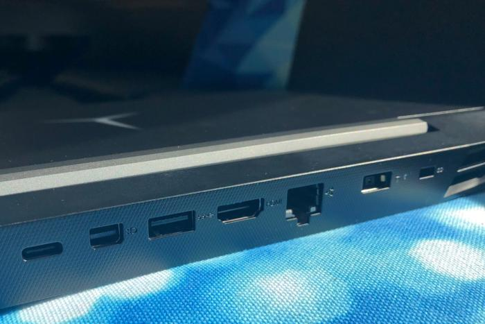 lenovo legion y7000 rear ports detail