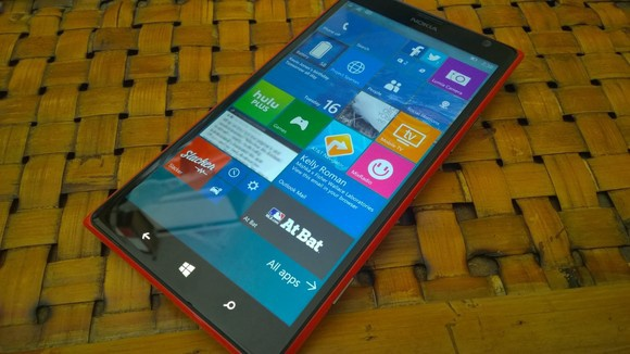 Windows 10 Mobile Build 10136